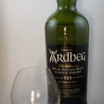 Ardbeg 10 yo whisky with glass