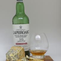 Laphroaig 10 yo whisky Stilton cheese pairing