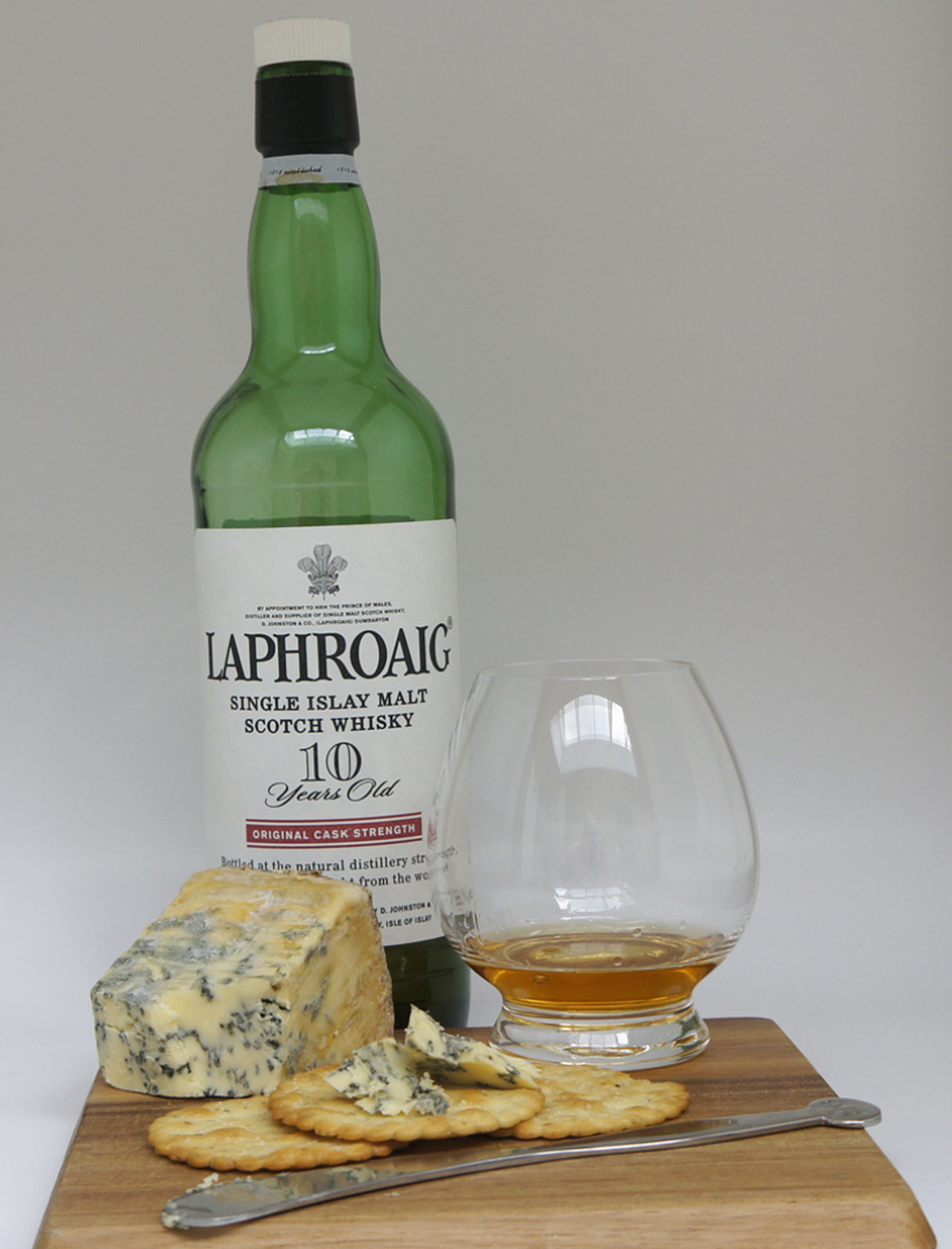Laphroaig 10 yo whisky Stilton cheese pairing whisky food pairings