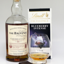 Whisky Chocolate Pairing Balvenie Caribbean Cask Lindt Blueberry Intense
