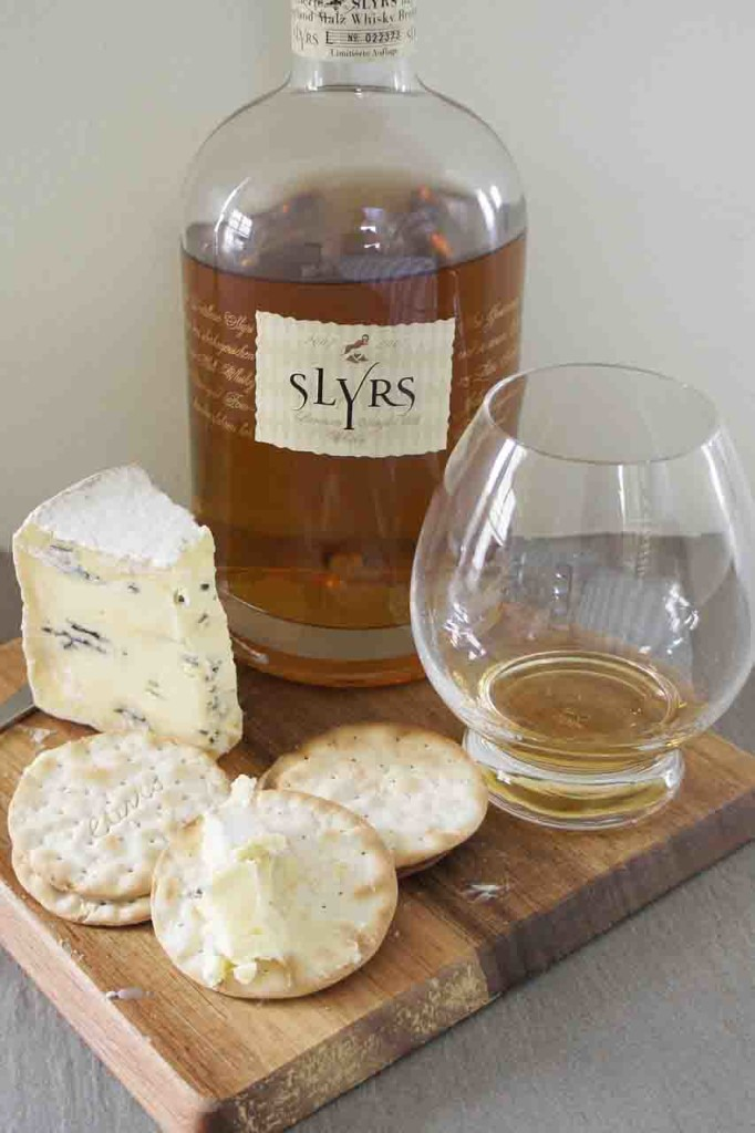 Slyrs whisky and Montagnolo cheese pairing