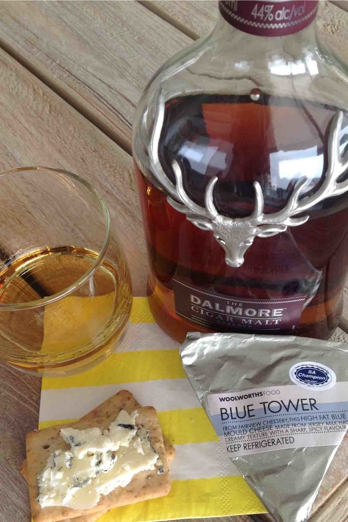Blue tower and Dalmore whisky cheese pairing