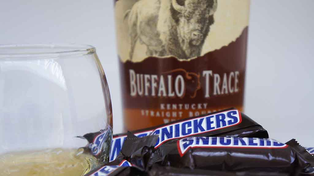 Snickers & Bourbon whisky pairing Buffalo Trace