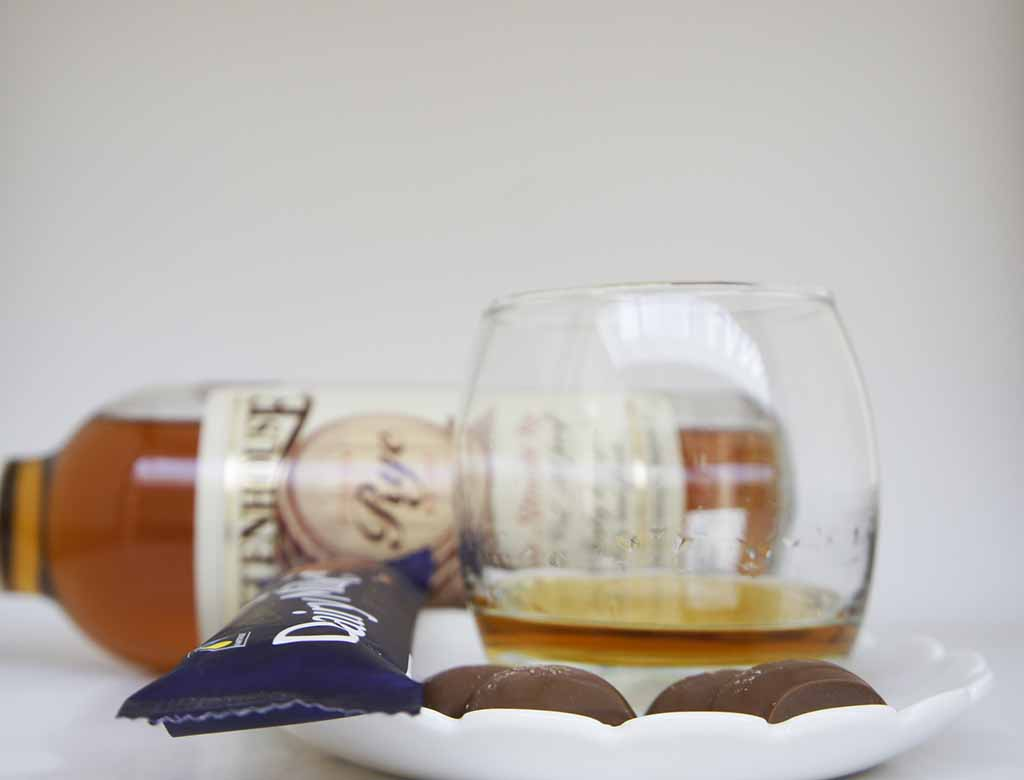 Rittenhouse Rye and milk Chocolate pairing cadbury milk chocolate