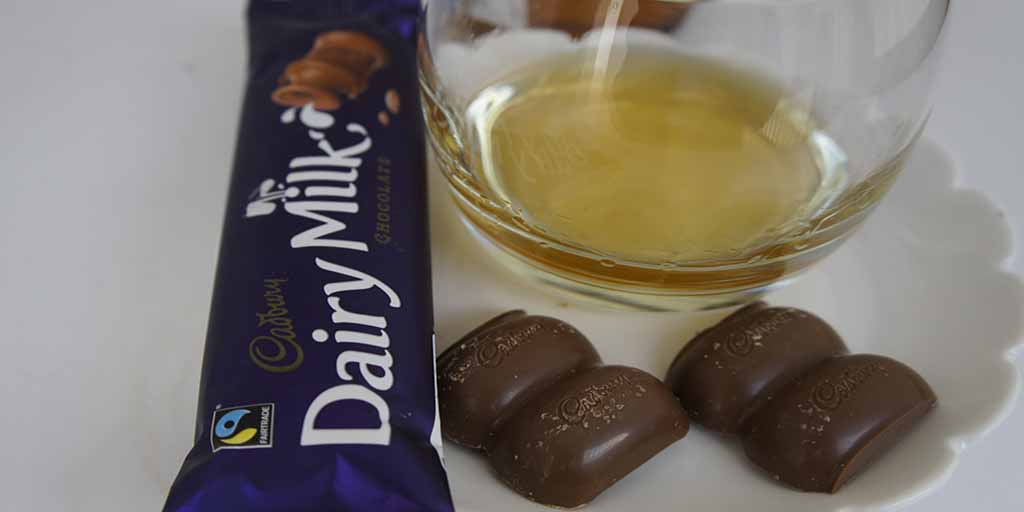 Rittenhouse Rye and milk Chocolate pairing cadbury milk chocolate 3