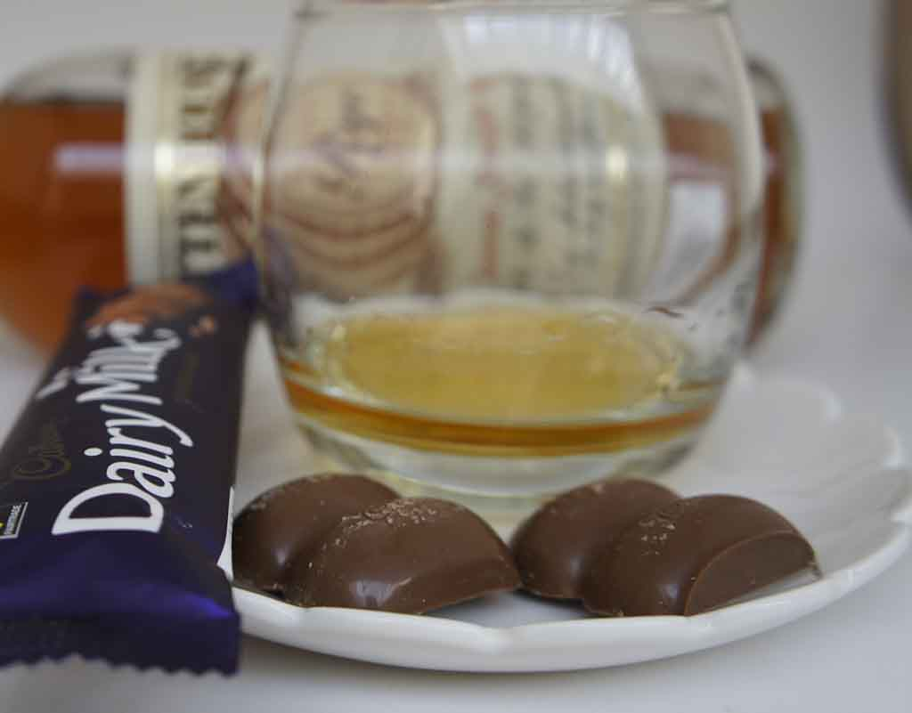 Rittenhouse Rye and milk Chocolate pairing cabury milk chocolate 2