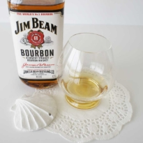 Jim Beam Bourbon White with glass