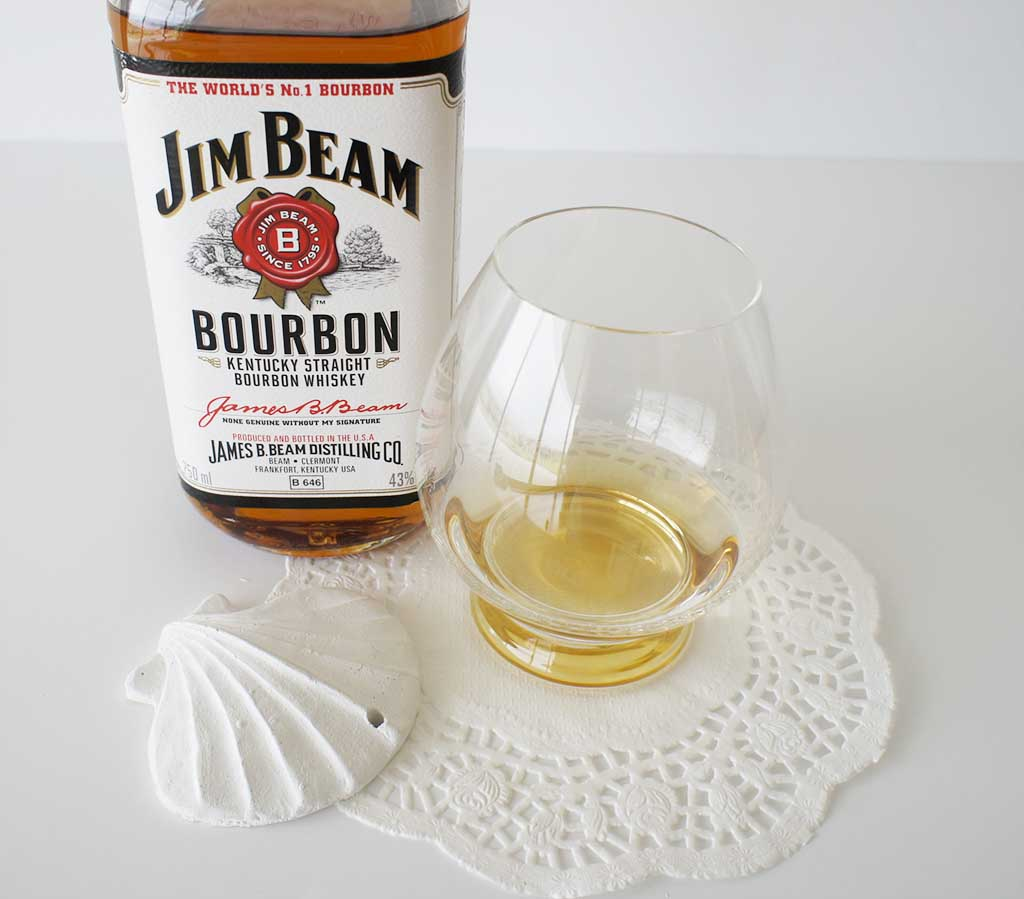 Jim Beam White Bourbon White with glass