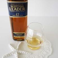 Scottish Leader 12 yo blended whisky with glass