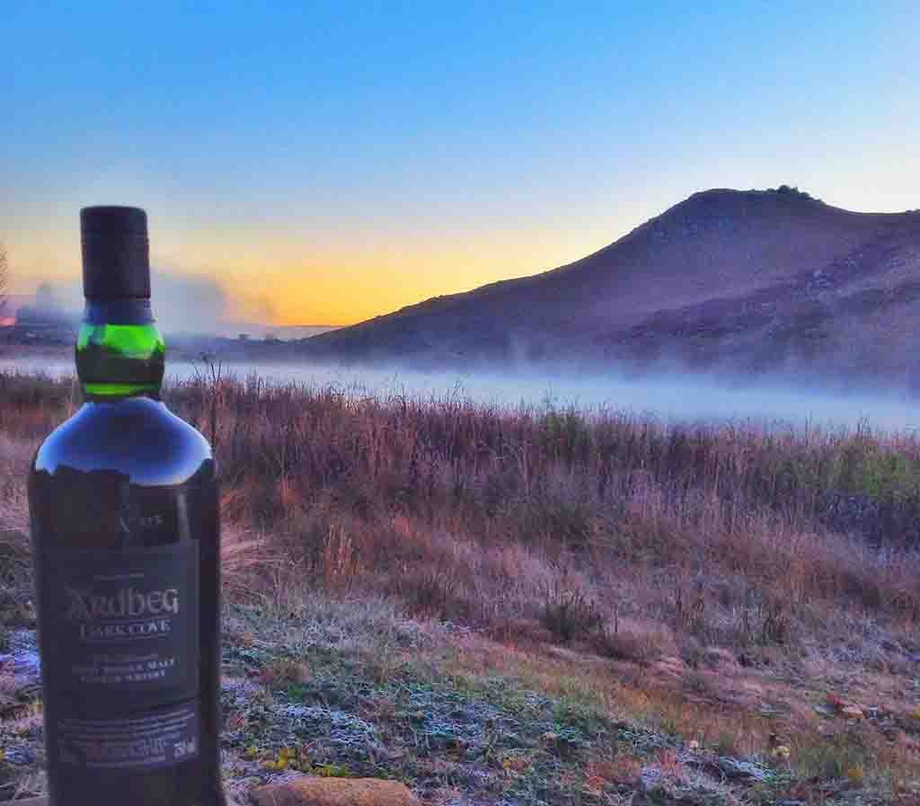Ardbeg day 2016 ardbeg dark cove bottle