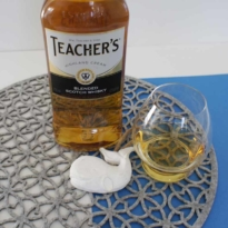 Teachers Blended whisky with glass