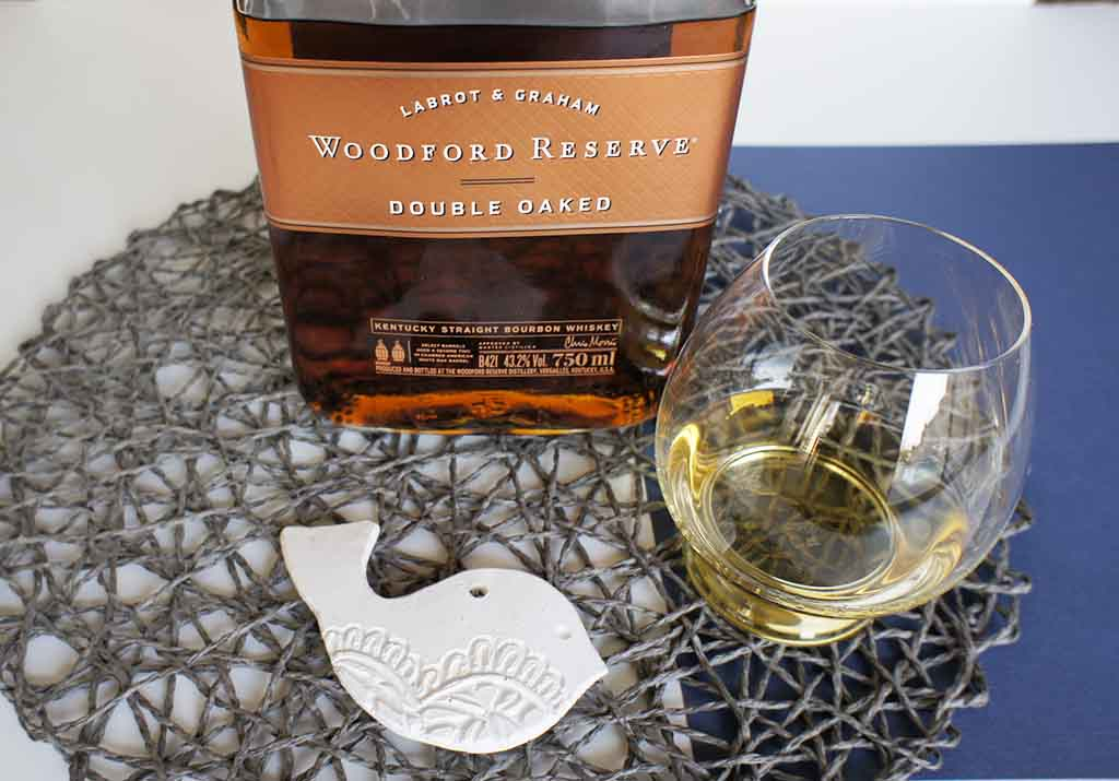 Woodford Reserve Double Oaked with glass