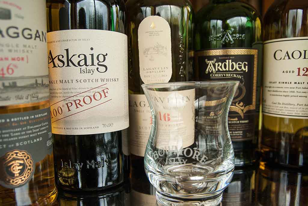 The only whisky show islay bottles