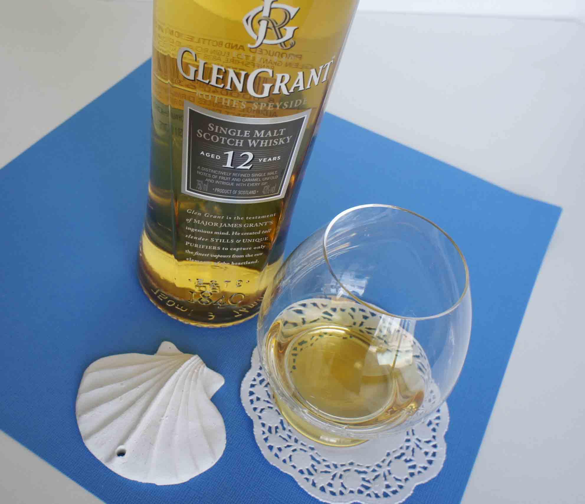 Glen Grant 12 yo whisky with glass