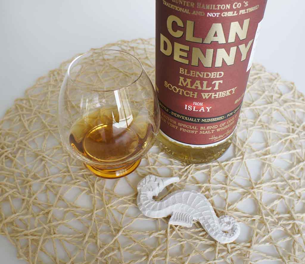 Clan Denny Islay Whisky with glass