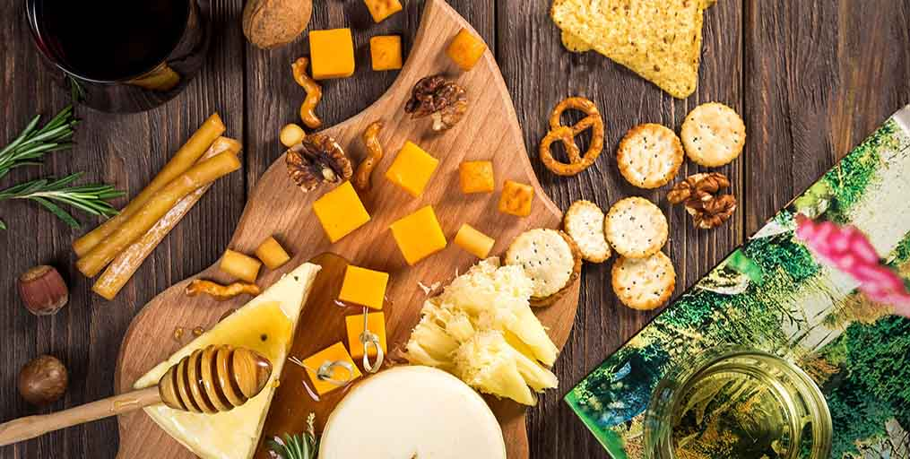 whisky and clover Cheese platter header