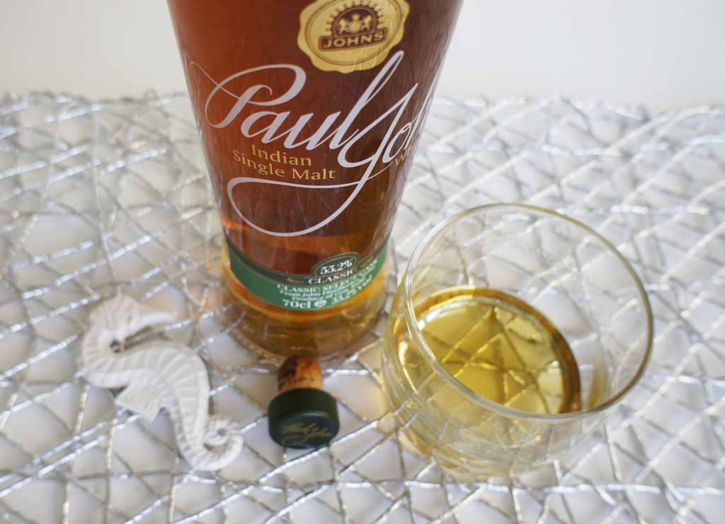 Paul John Classic Select Cask with glass